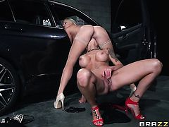 Hot blooded tramp is ready to stimulate Nina Elles pussy hole all day long