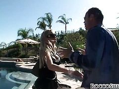 Rocco Siffredi gets pleasure from fucking Nikki Benz in her hot mouth