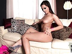 Eve Angel has a great time dildoing her muff pie