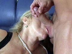 Granny Beate G in Threesome