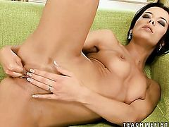 Shalina Divine and Tissy Teyra are ready to rub each others vagina non-stop