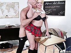 Alexis Ford with huge melons gets pumped in her muff by Johnny Sins