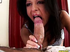 Yummy temptress with juicy hooters and shaved beaver does lewd things and then gets her pretty face