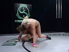 Couple thin honeys Fight inside the Ring And Then Have the porn