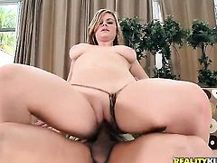 Blonde has some dirty fantasies to be fulfilled with guys rock hard pole in her mouth