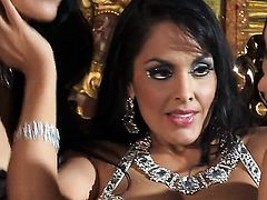 Katsuni is horny as hell in girl-on-girl action with Kiara Mia