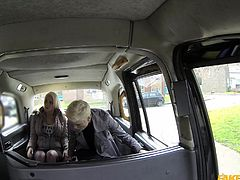 lesbian girls get naughty in taxi