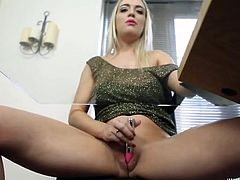 Sexy British girl lets you watch her masturbate