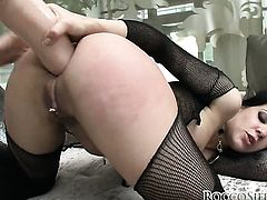 Brunette Eliska Cross opens her legs to fuck her thirsty fuck hole with dildo