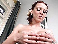 Blonde Colette strips down to her bare skin for your viewing entertainment