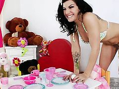 Gorgeous hoochie Krissy Lynn cant wait to be interracially rammed by her horny fuck buddy