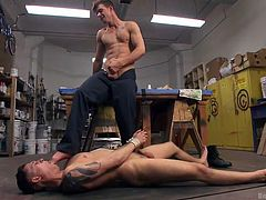 Tyler Rush wanted to spice up his sex life and agreed for bondage. He had chosen his gay partner, Jj Kinght, as master. Jj duck-taped his mouth and tied up his legs in spread-eagle position, to have better access to his ass hole. He ass fucked his friend with big dildo, but denied permission to cum