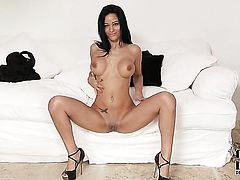 Jessyca Wilson with smooth twat cant live a day without toying her love hole