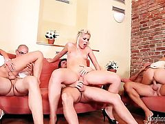 Blonde Sweet Cat is in heaven eating guys erect snake