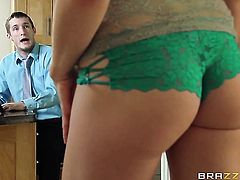 Brick Danger gets pounded in her bum hole