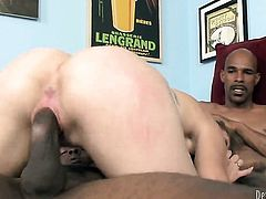 Kasmine Cash just needs her overwhelming sexual desire to be fulfilled in interracial hardcore actio