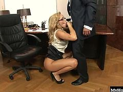 Blonde secretary, Aleska Diamond is called into the bosses