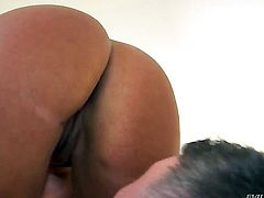 Blonde Jeremy Conway gets cummed on on camera for your viewing enjoyment
