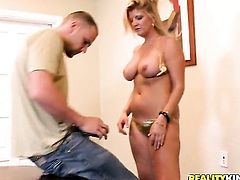 Blonde is good on her way to make hard cocked guy shoot his load on oral action