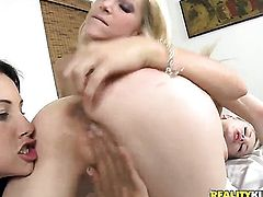 Blonde sweetie Bree Daniels with giant boobs and hairless beaver gets the pleasure from masturbating like never before