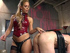 Cherie has no trouble with her bad slave. She punishes him, even shocking him with the wand. Next, she has a pocket pussy inside some sort of huge device. Subscribe to Divine Bitches today, to see all the hardcore action!
