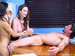 Ariella Ferrera mastered the art of giving blowjobs and Veronica, came to her to learn that erotic art. Ferrera showed the proper technique and latina slut exactly followed it. The milf firmly held Veronica's head, to control the pace and she also offered titjob to that big cock.