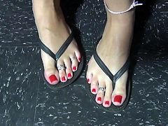 Sexy Redhead With Fantastic Long Toes