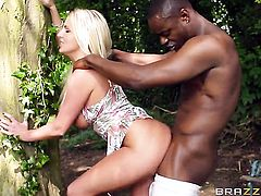 Blonde babe tries her hardest to make man bust a nut in interracial action