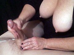 Wonderful Wife Wanking Weiner!