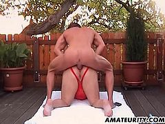 A chubby amateur Milf gets her ass fucked in the backyard. Hot mom enjoying anal with her lover ! She loves it as much as I did... Enjoy !