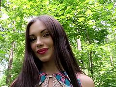Sitting right next to this attractive babe is really a pleasure. Sasha is wearing a summer dress and sandals, and has matching polish nails and lips. The long-haired brunette agreed to let the persuasive guy undo the zipper on her dress. Watch details!