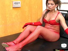 Red is definitely this tranny babes color. Perlla Felix is a redhead t-babe that loves to dress in eccentric lingerie just so she can tease the camera by stripping it down to expose her hot body...