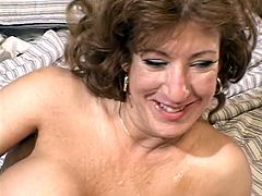 Mature hottie in DP action