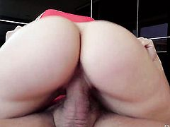 Brunette senorita Marta La Croft just feels intense sexual desire and sucks Nacho Vidals love stick like crazy