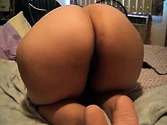 Large bouncy butt all around the location