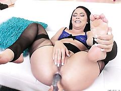 Mick Blue gets seduced into fucking by Kristina Rose and shoves his love wandin her asshole before dick sucking