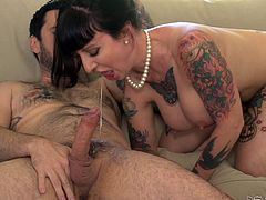 busty tattooed milf paying the rent @ big titty milfs