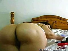 She may be fat, but she still has lots of fans out there, who want to see her masturbate. The sexy chubby babe fingers her wet pussyhole and sticks a huge black dildo deep inside her plump pussy. Watch her cum hard.