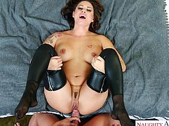 Lucky is the man who has a wife like Eva Angelina. We don't say that just because she is stunning lady with big ass and tits, but because she knows how to treat her man, when he comes home after a long day at work.