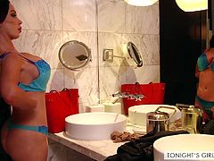 Nikki Benz is a professional when it comes to fulfilling wildest wishes and fantasies to horny men. Of course, she expects to be payed well for her services. If you can afford her, you're lucky, cause one helluva night awaits!