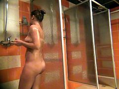 Russian Milfs spied in public shower