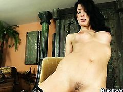 Mature Zoey Holloway gets her pussy hole attacked by Bill Baileys rock hard cock, Thenewporn.com