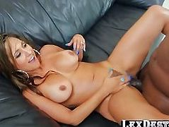 Horny sexbomb Reena bangs Lexingtons bbc