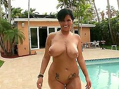 A bbw girl only means huge tits, and this brunette bbw chick has more than huge tits. She's going to give this dude a really great blowjob that he'll never forget in his life