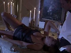 Getting all romantic is what this cock craving fanny needed. Julia Ann is wearing a black lingerie and is surrounded by candles. Tis truly romantic when she gags on his shaft