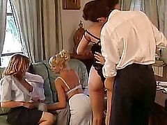 Italian porn video vintage - Anal party in Milan - 5