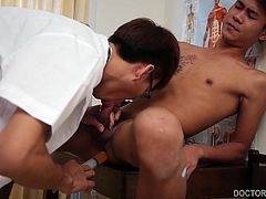 What a surprise when he discovers the Asian twink has a boner. The doctor wants to solve his medical problem by fucking the boy bareback. Kylie follows his raw fucking with a golden shower. Then he fucks Benz again and administers a dose of dildo. This makes the patient shoot a load of cum, while Kylie is fucking him deep. After a few more hard thrusts, Kylie shoots on Benzs adorable twink face.