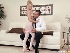 Teens love big stiff cocks in their tight pussies and here is one more confirmation of that. After a strenuous ballet workout sexy ballerina, Kenzie Reeves, got extremely horny and as soon as she saw Ramon, she immediately decided to take the opportunity and to taste his big cock...