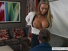 TNGF~Escort fulfills client's shrink roleplay fantasy