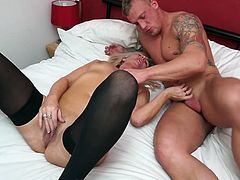 We bring you another fantastic video from Mature NI featuring gorgeous Ellen! This mature lady is well known for her beauty and amazing curves. The thing she's most known for is, of course, her hunger for horny studs. Ellen simply loves meaty, thick cocks. Would you love to join her?!